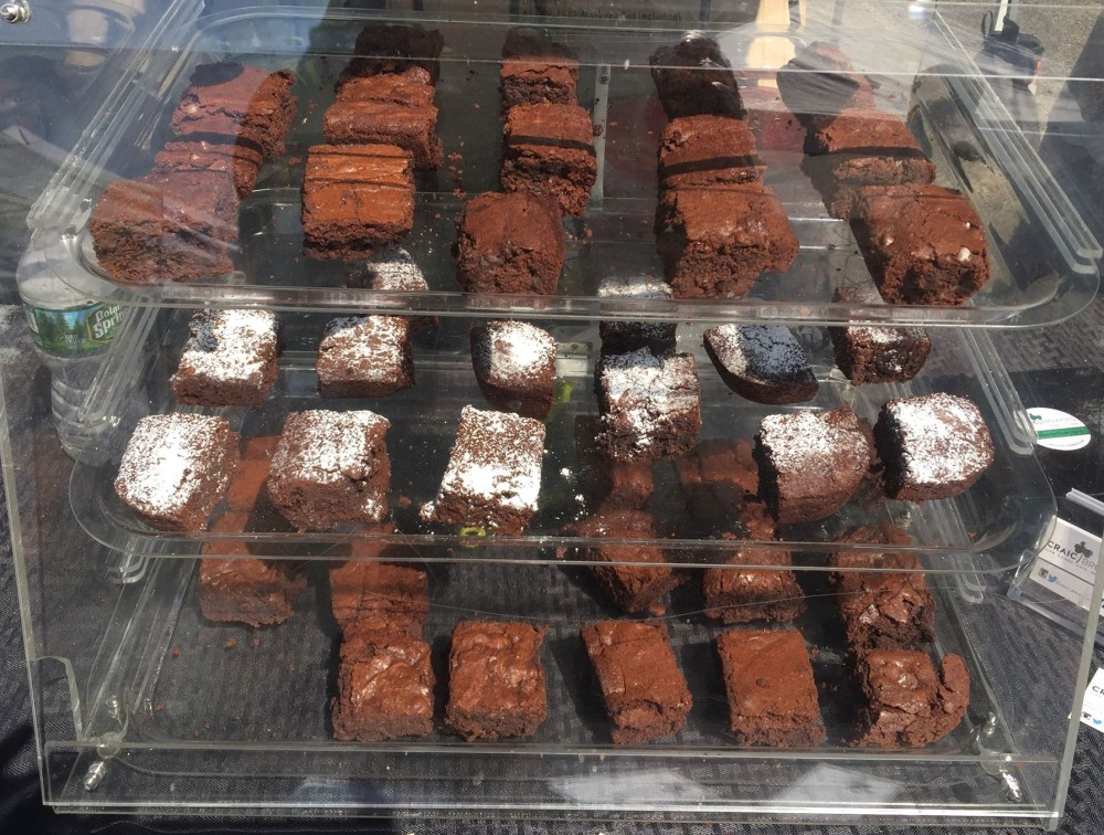 LIC Flea and Food brownies